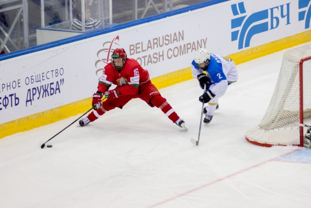 http://hockey.by/data/images/news/u18_blr_kaz1.jpg