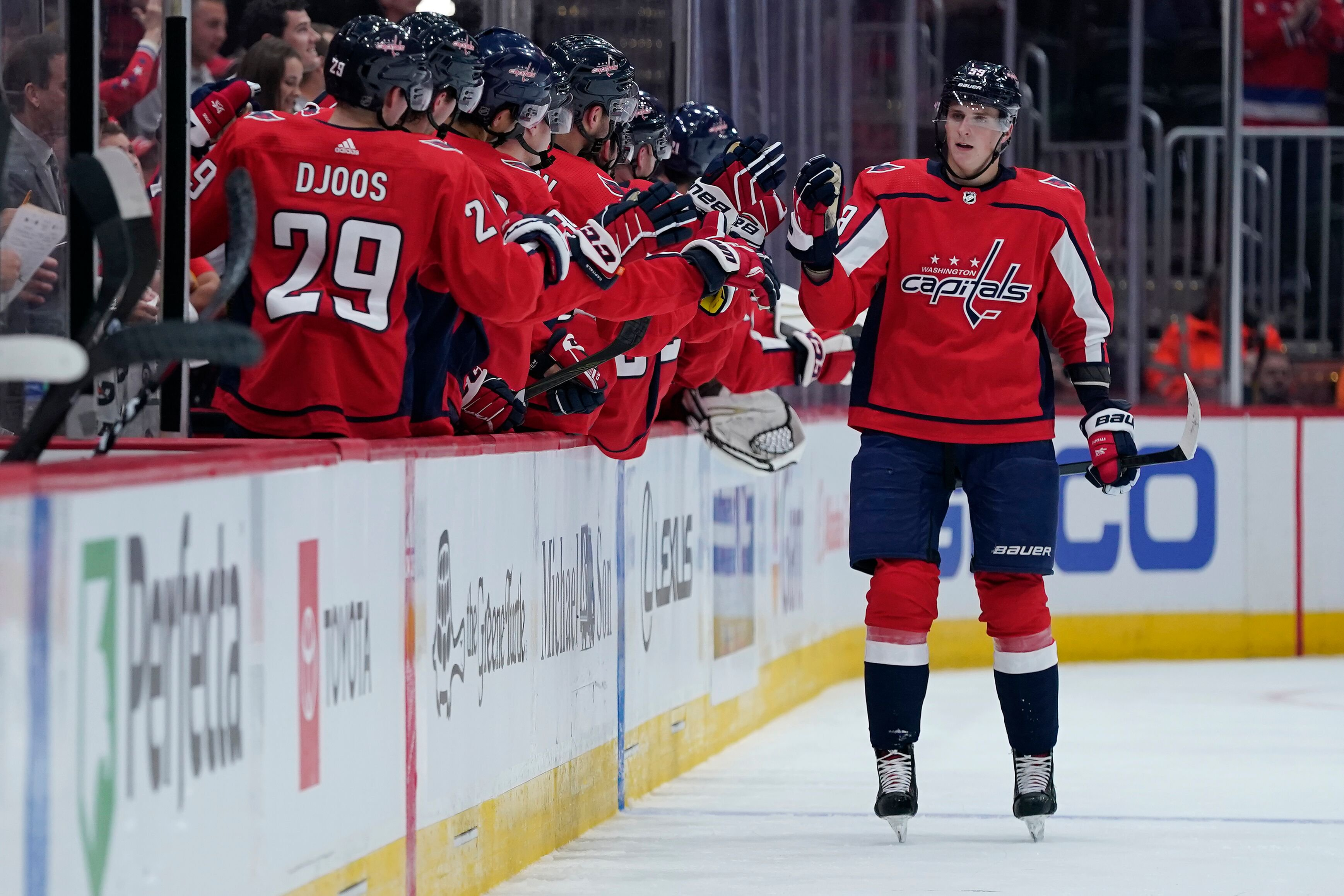 http://hockey.by/upload/iblock/6aa/6aaf7ec1645b685df382f72eb81b00b0.jpg